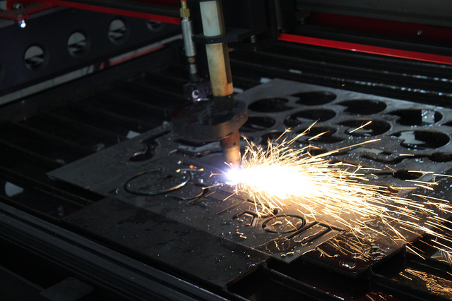 masini CNC debitare plasma